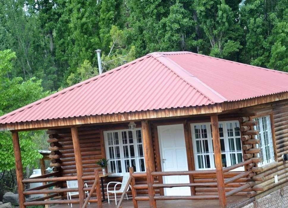 au88 - Cabaña para 2 a 6 personas con cochera en Potrerillos