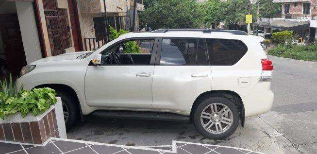 Toyota Prado 2013 - 132000 km