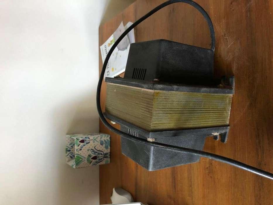 Trasformador de Aislacion 220v - 220v 750 Watts