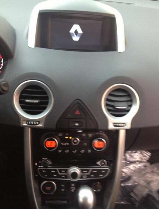 RENAULT KOLEOS ESTEREO CENTRAL MULTIMEDIA STEREO CON ANDROID, GPS, BLUETOOTH