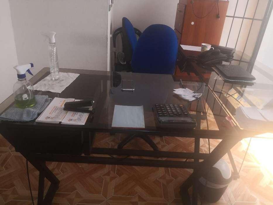<strong>escritorio</strong>s Y Sillas