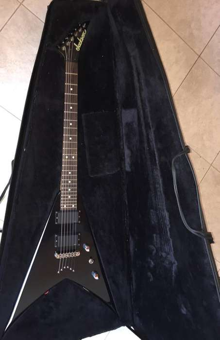 Guitarra Jackson King V