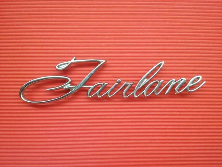 Insignia Fairlane leyenda Fairlane ORIGINAL DE LA EPOCA