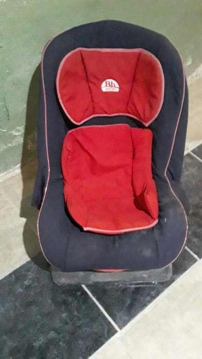 Vendo Sillita de Bebé para Auto