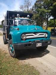 Volqueta Ford 55