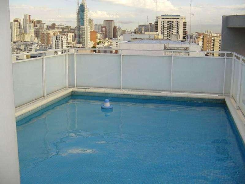Excepcional 2 ambientes 13 años de categoria amoblado con balcón en Edificio con amenities.