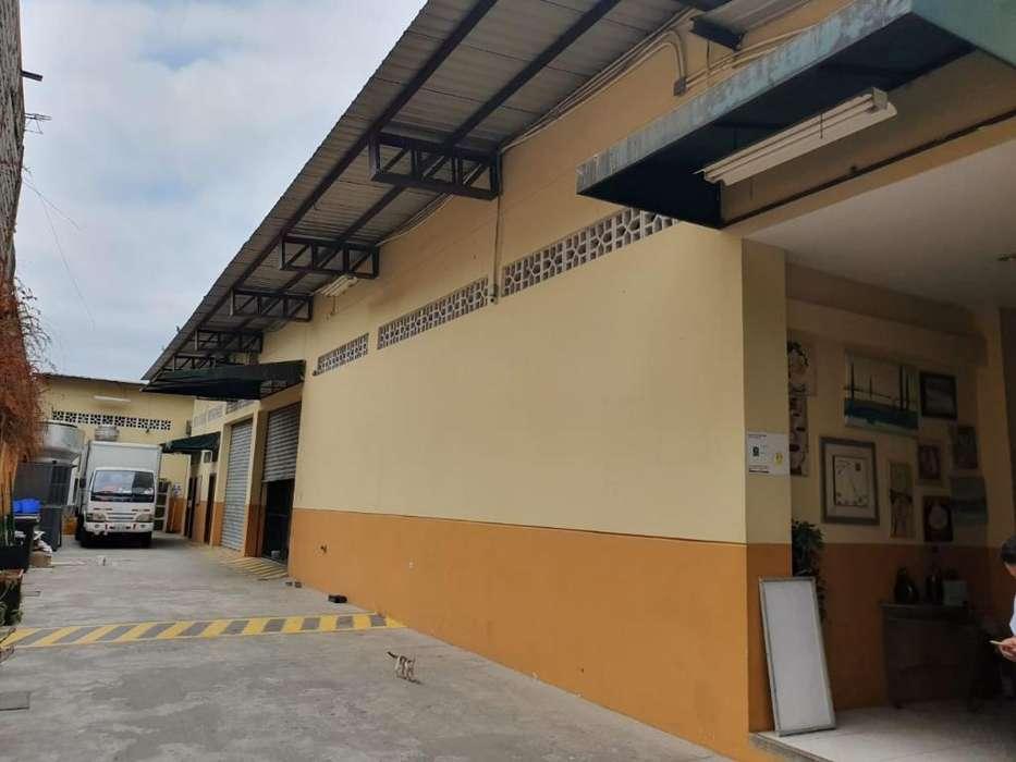 Vendo Bodega con <strong>oficina</strong>s, Mapasingue