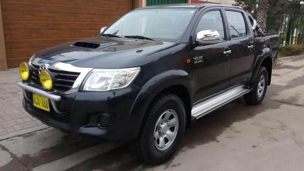 Toyota Hilux 2015 - 85000 km