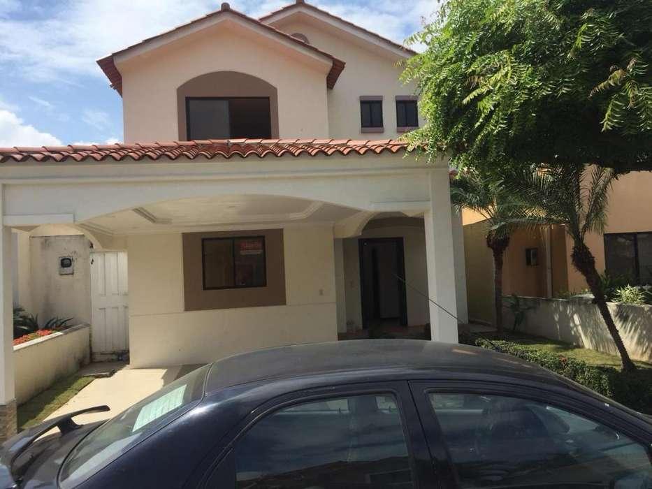 Alquiler de casa en Urbanizacion <strong>ciudad</strong> Celeste Samborondon