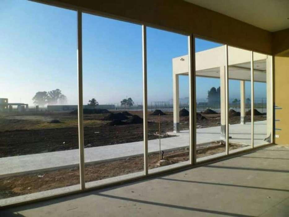 Ventanas Puertas Y Mamparas en Aluminio