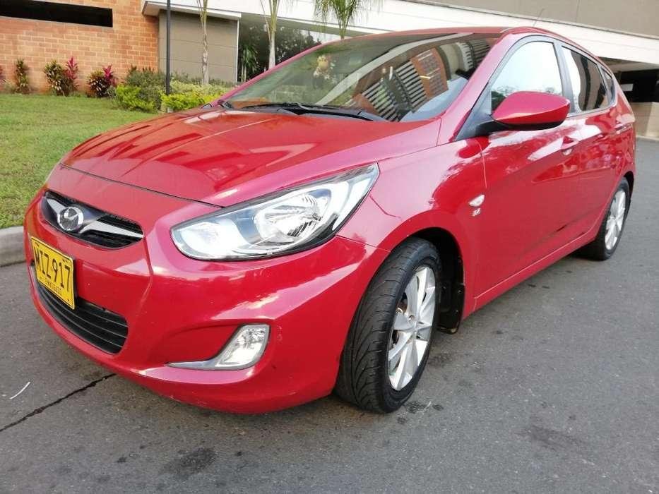 Hyundai i25 2012 - 128000 km