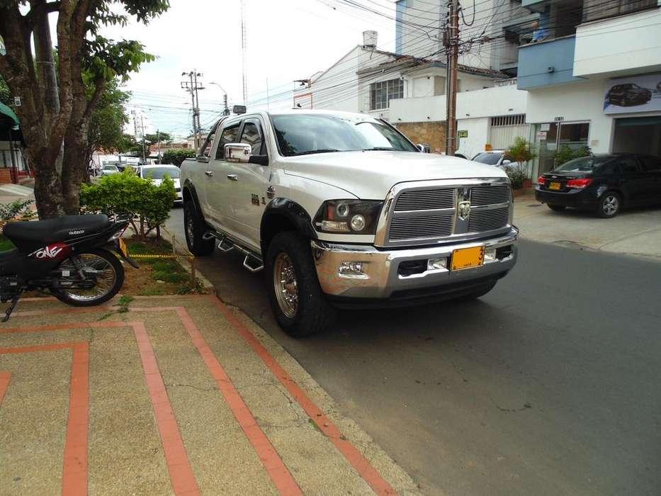 Dodge Ram 2012 - 96800 km