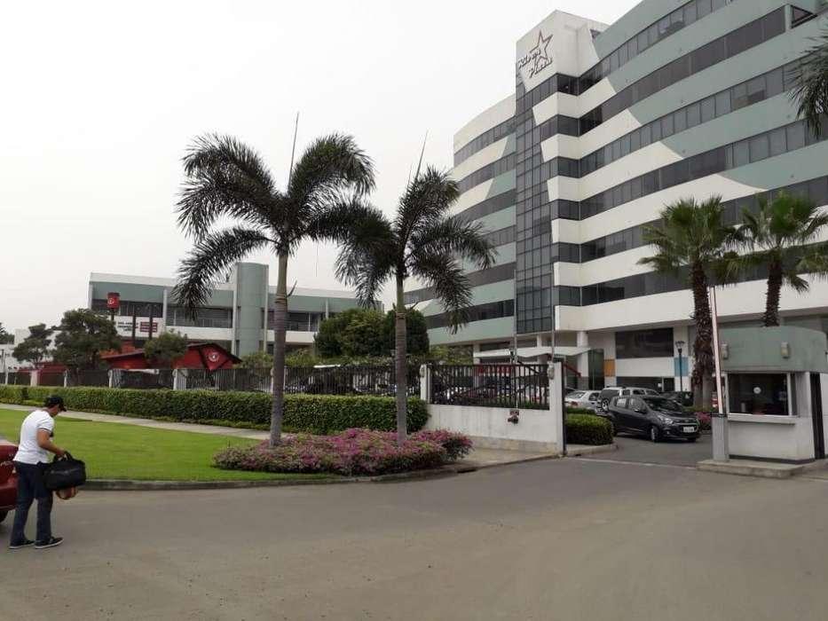 Renta, alquiler oficina comercial en River Plaza, La Joya, Samborondon