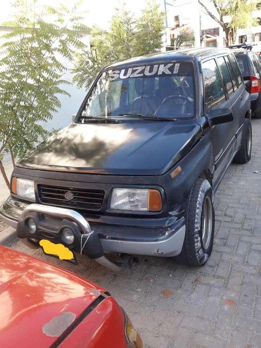 Suzuki Sidekick 1993 - 211000 km