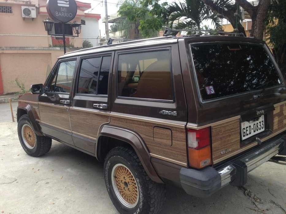 JEEP Cherokee 1987 - 200000 km