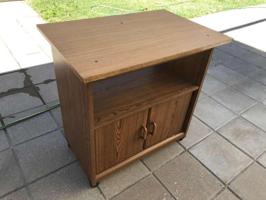 Mueble de madera especial para TV