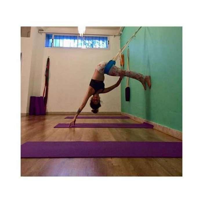 Yoga en Columpio Clases