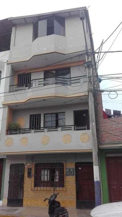 Precio 150 mil dolares (Negociable). Vendo casa de 4 pisos en Centro de Chancay Área Terreno: 86.63 m2