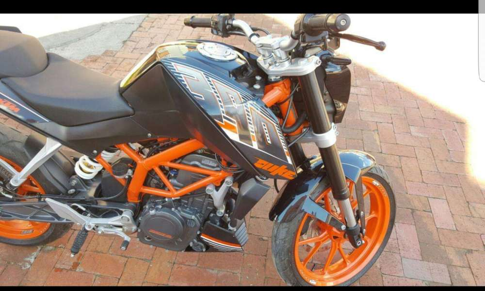 Vendo moto KTM 390