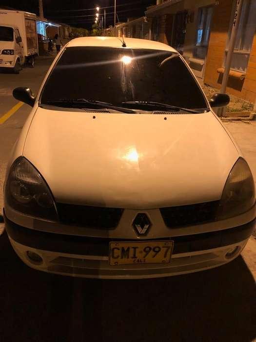 Renault Clio  2005 - 10588 km