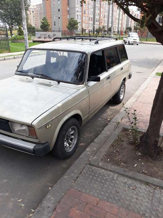 <strong>lada</strong> 2104 1995 - 100 km