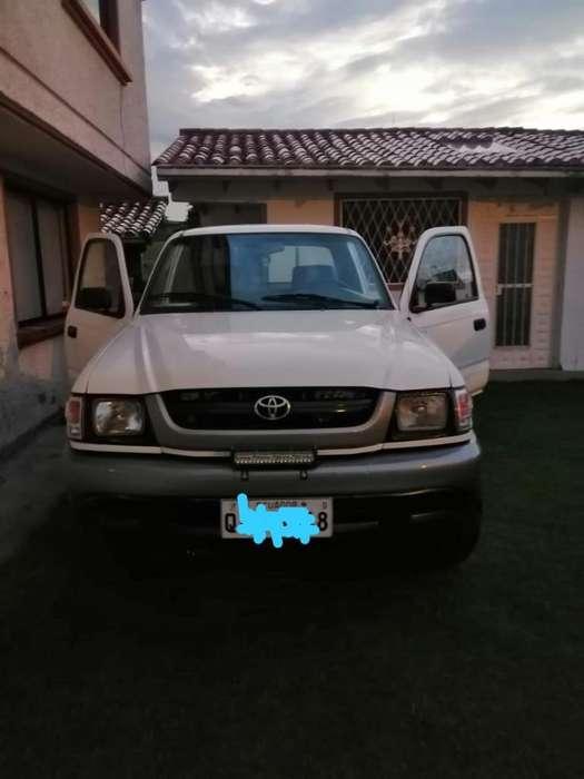 Toyota Hilux 2003 - 0 km