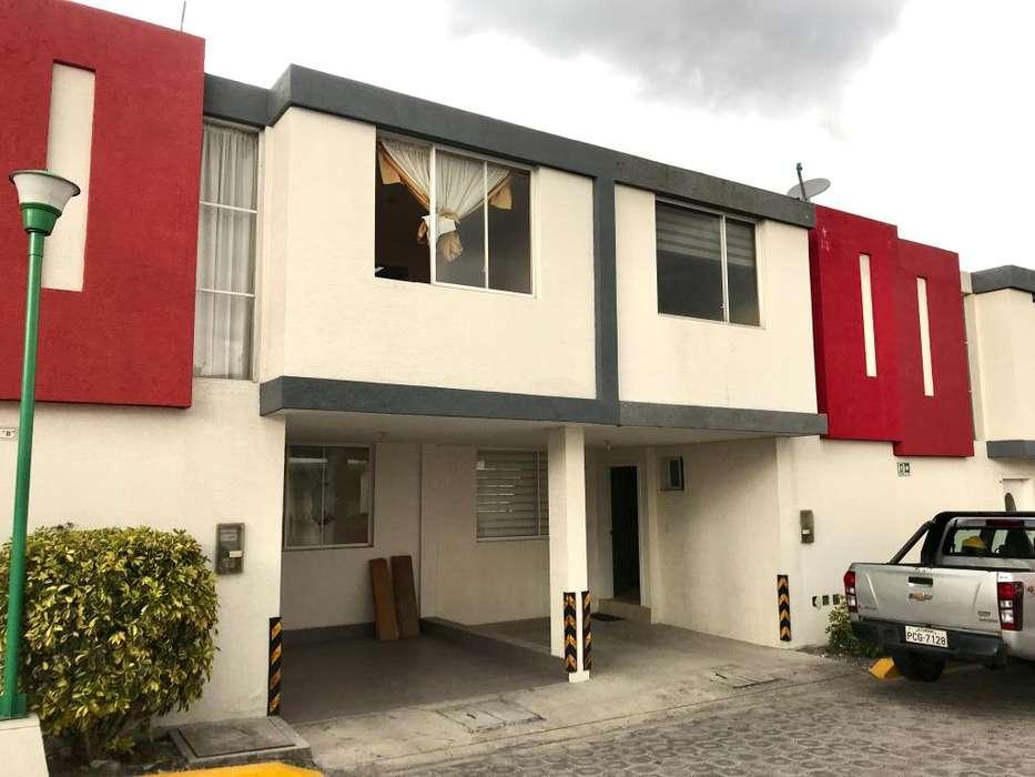 VeNdO casa en un excelente precio en San Rafael en el sector de Mirasierra