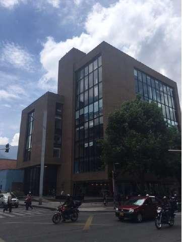 VENTA DE OFICINA EN CHICó NORTE CHAPINERO BOGOTA 927-409