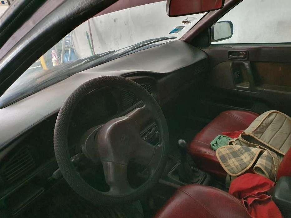 Hyundai Elantra 1993 - 120000 km