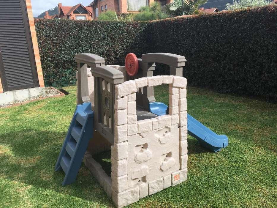 Parque para Niños con rodadero