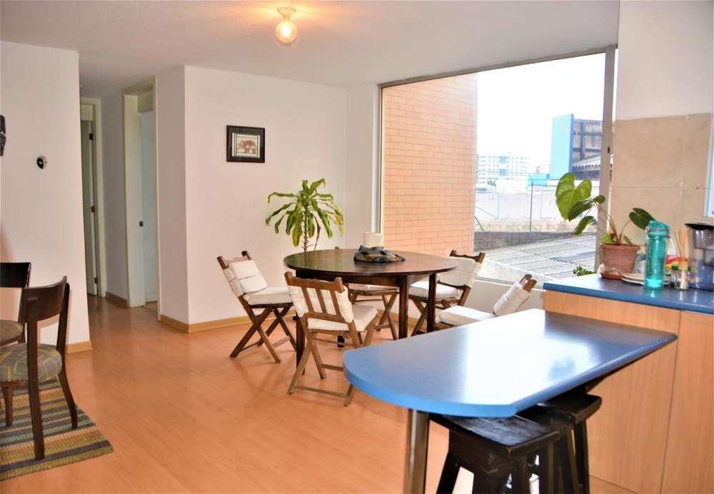 Arriendo departamento 2 dormitorios Centro Norte Granados y París 81m2