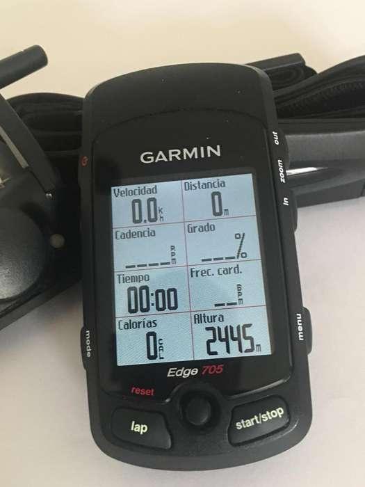 ESPECTACULAR GPS GARMIN EDGE 705 CON SENSOR DE VELOCIDAD, CADENCIA Y RITMO CARDÍACO COMO NUEVO!!!