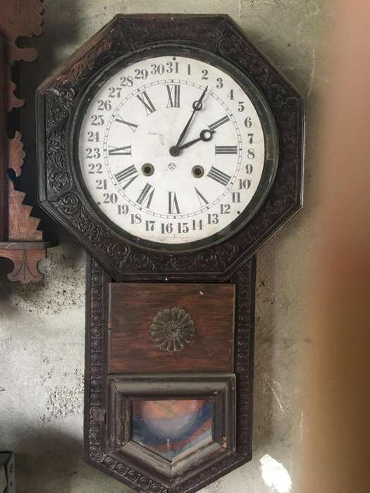 Subasta de Relojes Antiguos de Péndulo