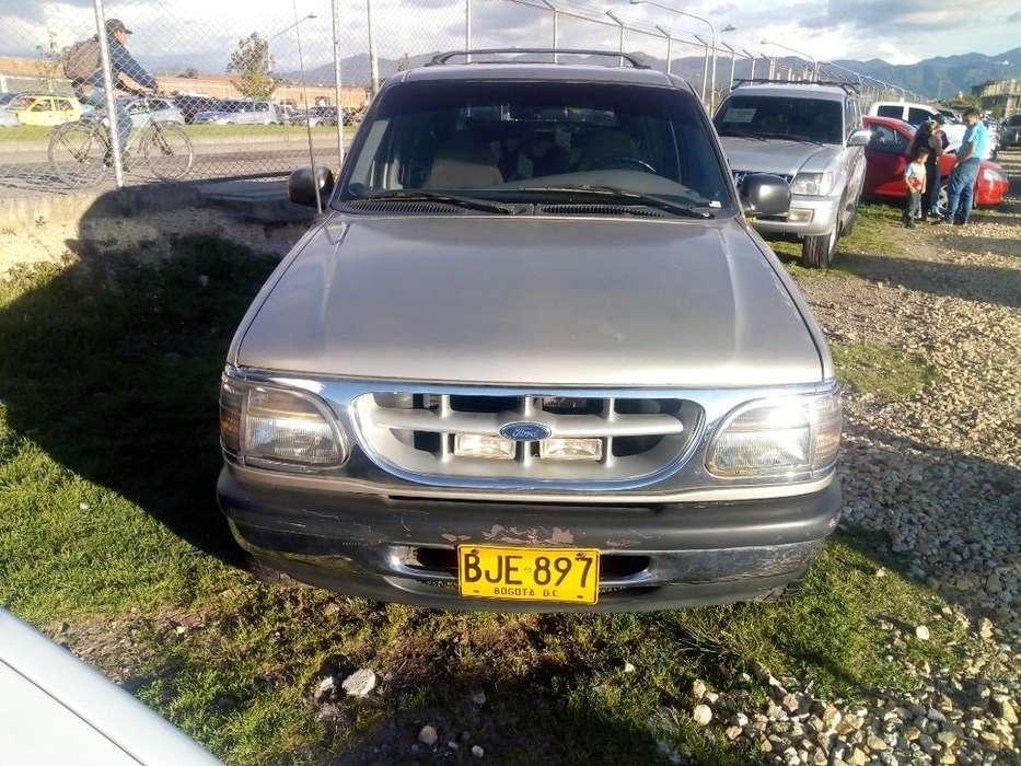 Ford Explorer 1997 - 148000 km