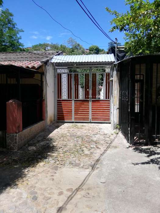 ARRIENDO <strong>casa</strong> CAMPESTRE CON SALON DE EVENTOS PARA NEGOCIO