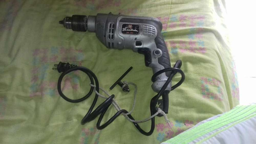 Se Vende Taladro Black & Decker