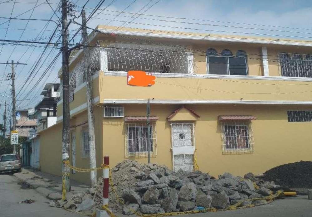 Guayacanes Vendo Casa Esquinera