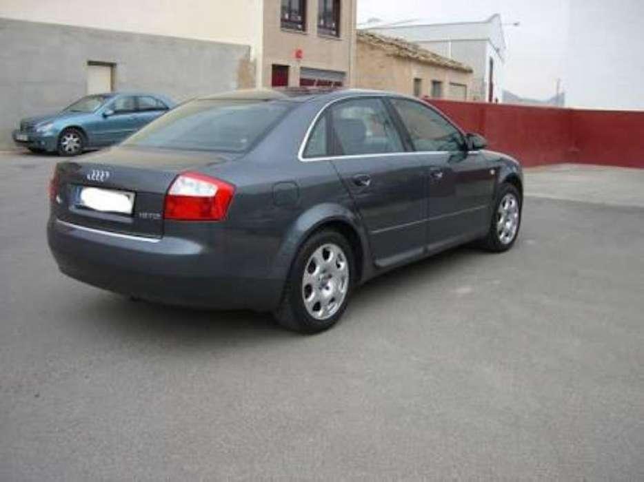 Audi A4 2012 - 200000 km