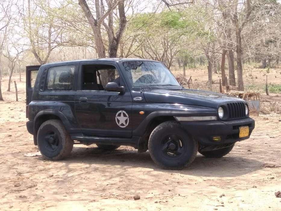 Ssangyong Korando 1999 - 240000 km