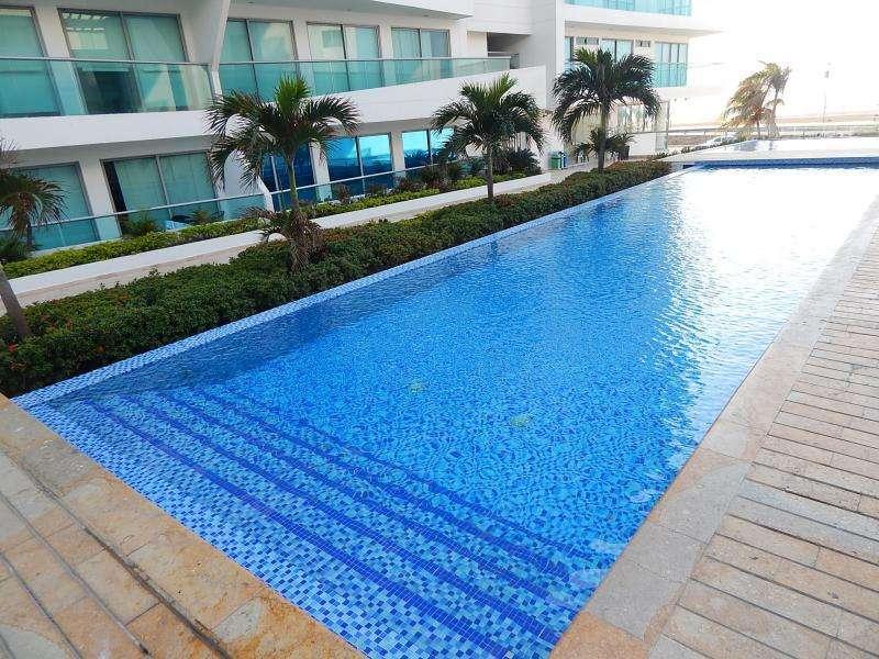 Cod. ABARE80337 Apartamento En Arriendo En Cartagena Anillo Vial