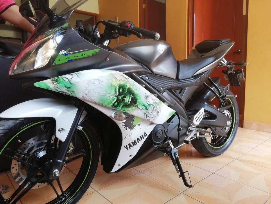 Yamaha R15 Semi <strong>nueva</strong> Estado 10 de 10