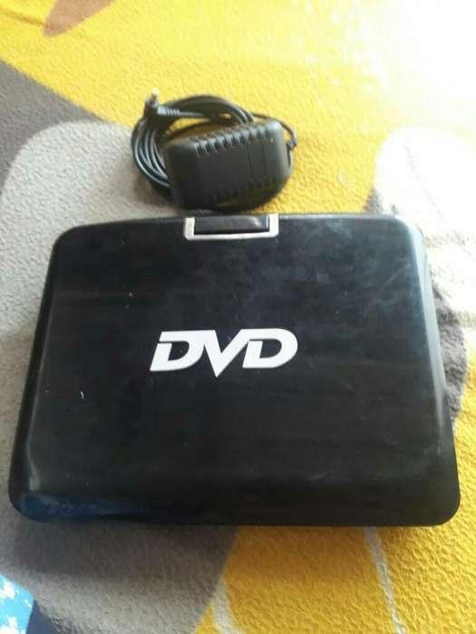Dvd Portatil sin Control en Buen Estado