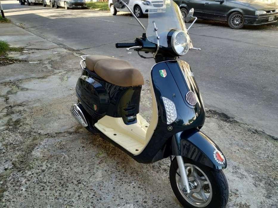 Vendo Motomel Scooter Strato