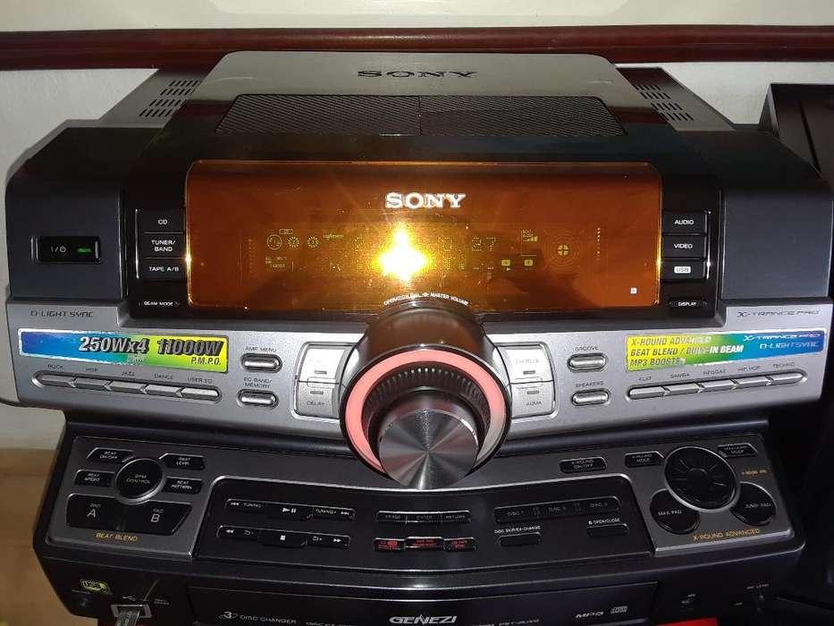 Equipo de Sonido Sony Fst Zux 9