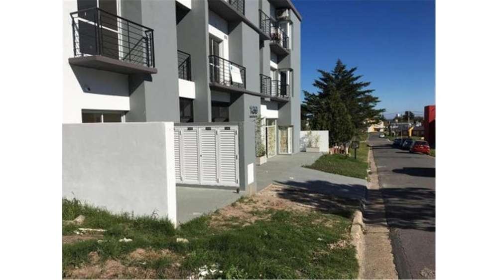 Monoambiente - Las Catalpas 100 - UD 27.500 - Departamento en Venta