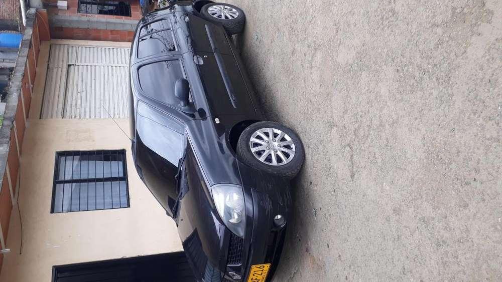 Renault Clio  2009 - 122500 km
