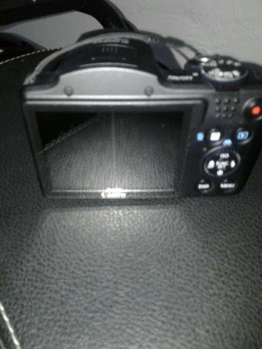 Se Vende Camara Canon 400mil