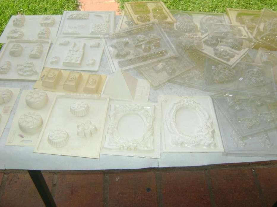 liquido art de moldes y figuras de yeso