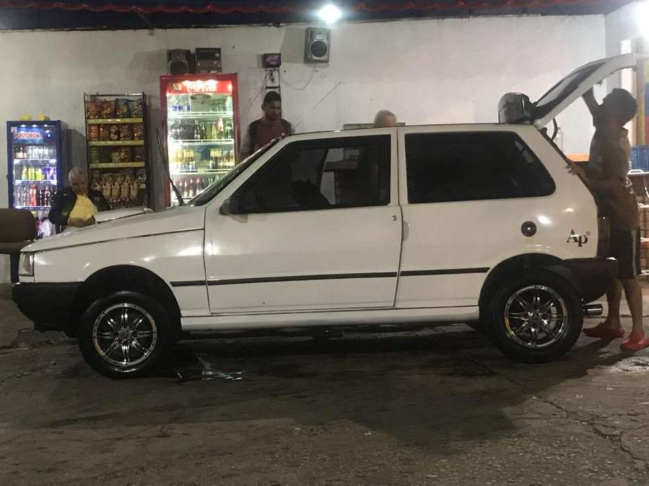 <strong>fiat</strong> Uno  1996 - 273490 km