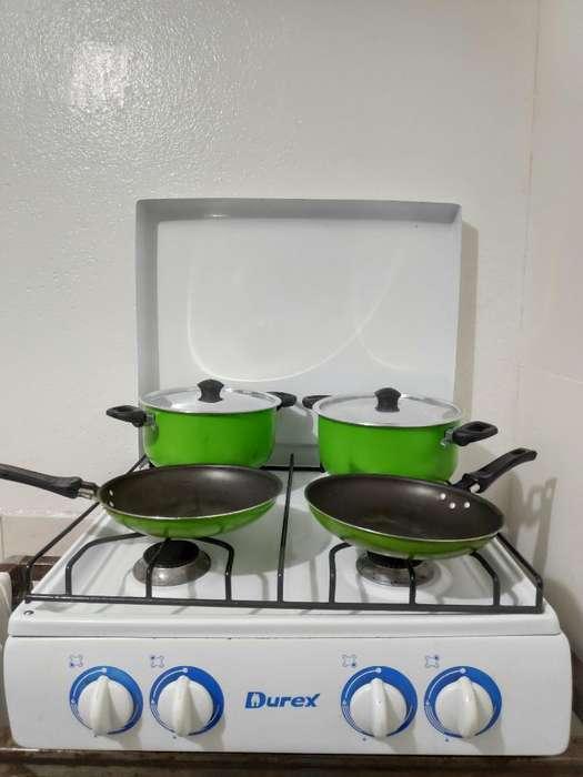 Cocineta Y Juego de Ollas